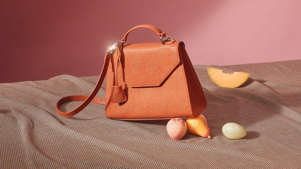 20代女性に人気のブランドは?ブランド別に人気のバッグを厳選紹介! アイキャッチ画像