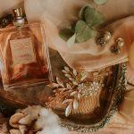 【最新】50代大人の女性に人気の香水20選を厳選紹介!おすすめのブランドは?