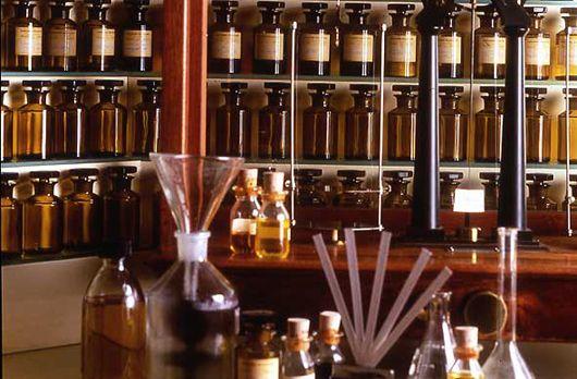 【東京】自分だけのオリジナル香水が作れるSHOP6店を厳選紹介! アイキャッチ画像