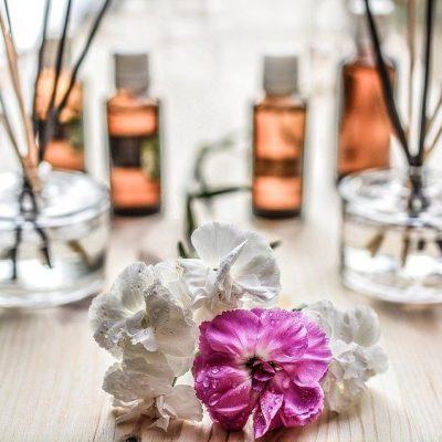 【2021】ジャスミンの華やかな香りがする人気おすすめ香水10選! アイキャッチ画像