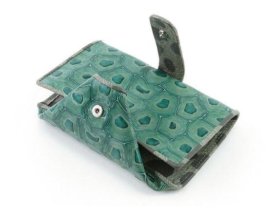 運気アップ♡緑の財布おすすめ人気15選!風水的な効果は? アイキャッチ画像