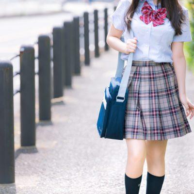 女子高生(JK)に人気のかっこいい服を扱うファッションブランド10選! アイキャッチ画像