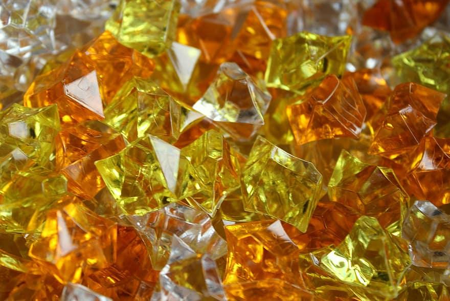 黄色やオレンジ色の宝石15種類の特徴や石言葉をご紹介! アイキャッチ画像